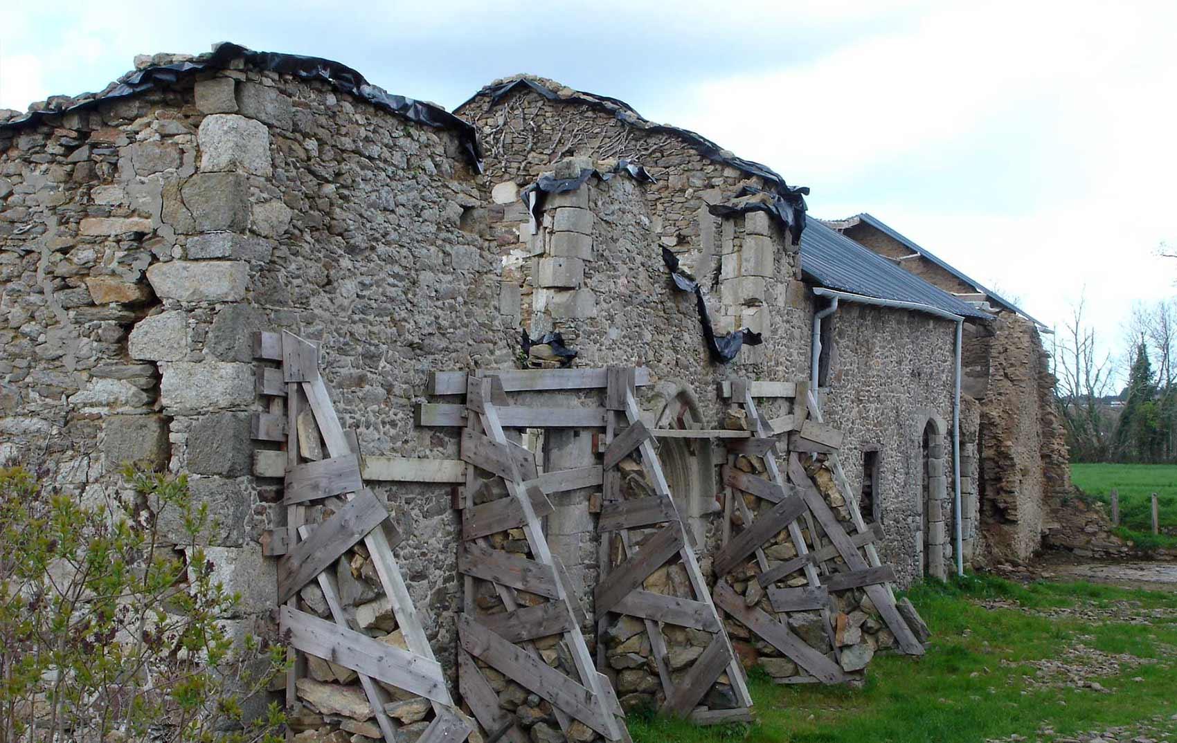 Cronistoria di una classica dimora bretone vicino a saint for La casa tradizionale progetta una storia