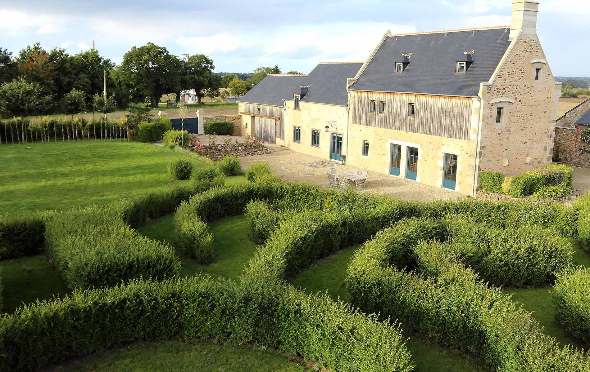 Labyrinthe v g tal pr s de st malo et dinard jardin du for Entretien jardin saint malo